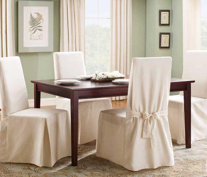Чехлы белого цвета на стулья для кухни