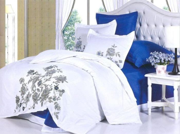 Пример постельного белья размера евро с розами