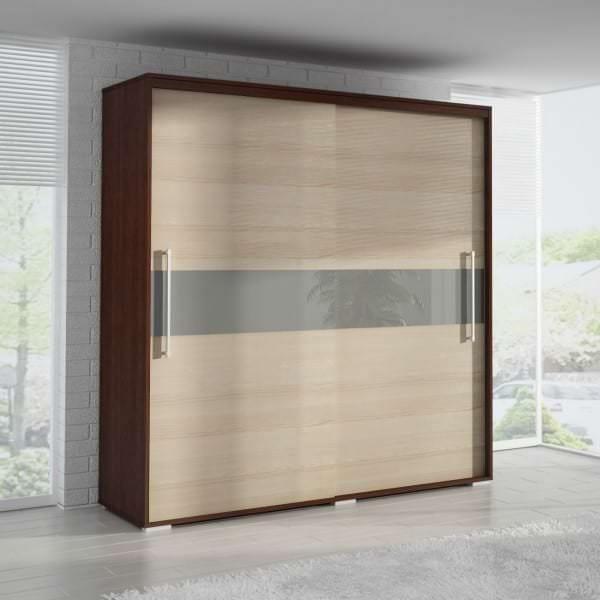 каскадные двери шкафа в гардеробной