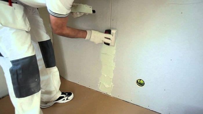 Быстрая грунтовка стен из гипсокартона