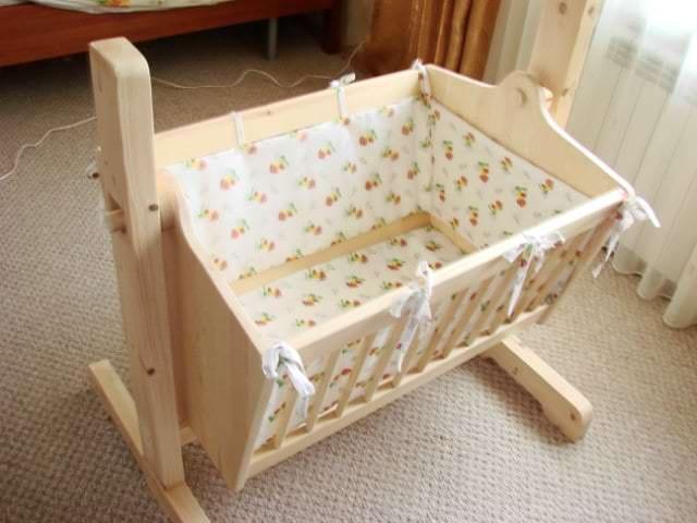 Детская кроватка – колыбель для младенца