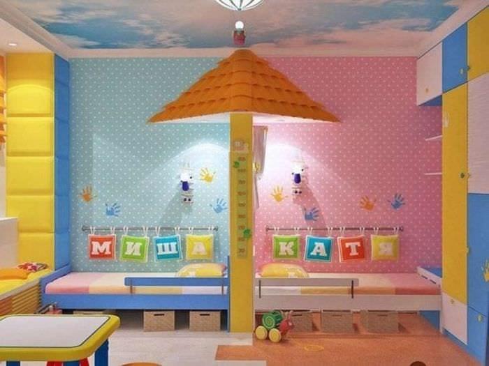 Яркий стиль детской комнаты для маленьких детей