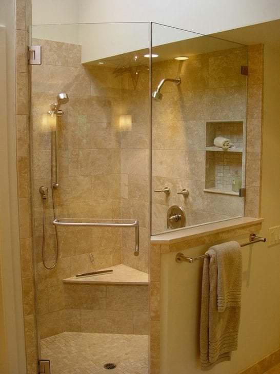 Душевая кабина из прозрачного стекла для ванной комнаты