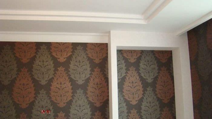 Правильная грунтовка стен из гипсокартона для ровной поклейки обоев