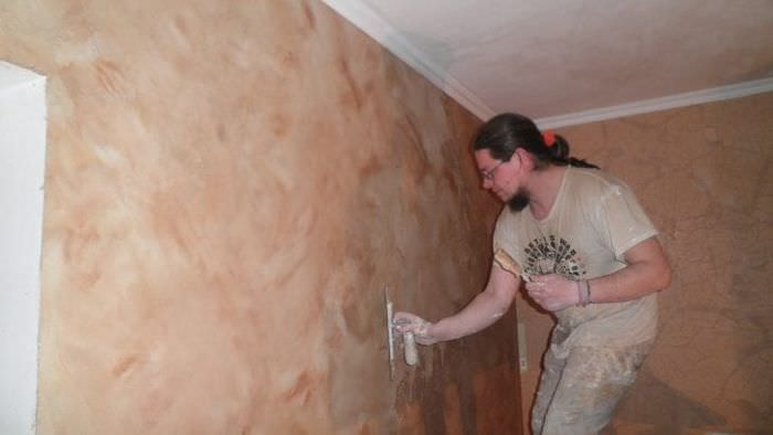 Правильная технология грунтовки стен шпателем