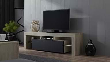 Классическая тумба под телевизор с глубокими удобными полками