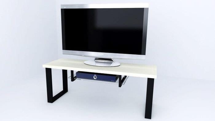 Тумба под телевизор со светлой столешницей и темными ножками