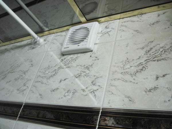 компактных размеров вытяжной вентилятор в санузел