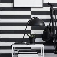 черные обои в дизайне кухни в стиле футуризм картинка