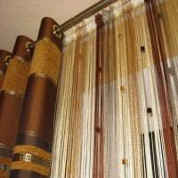 необычные шторы нити в дизайне кухни фото