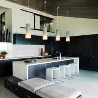 красивый черный потолок в декоре дома картинка