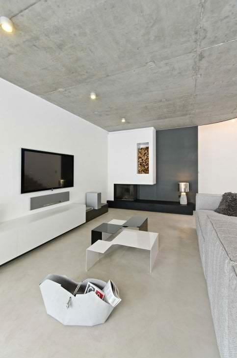 дизайн потолка с раствором бетона в спальне