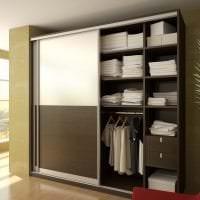 интерьер шкафа в спальне из дерева картинка