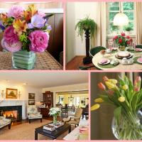 искусственные цветы в интерьере гостиной фото