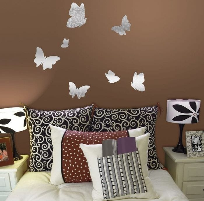 необычные бабочки в интерьере комнаты
