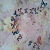 необычные бабочки в стиле прихожей картинка