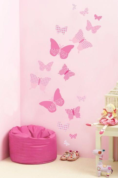 красивые бабочки в стиле прихожей