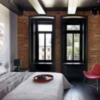 натяжной черный потолок в стиле коридора картинка