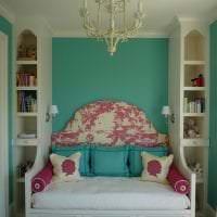 шикарный цвет тиффани в интерьере спальни фото