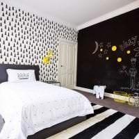 шикарный интерьер гостиной в черно белом цвете фото