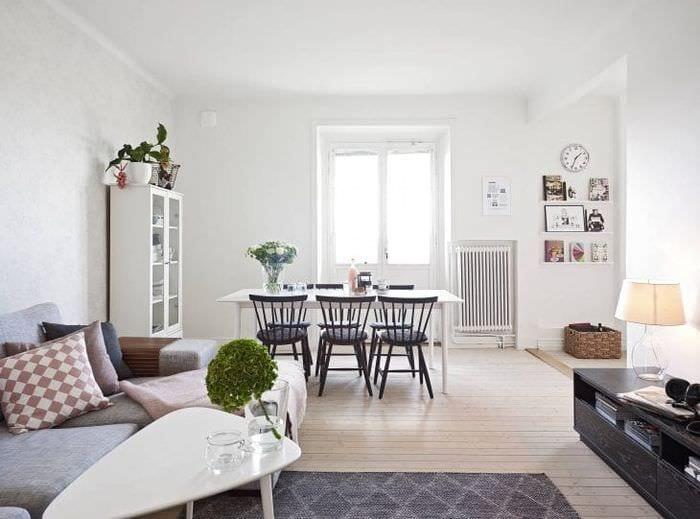 светлый дизайн кухни в белом цвете