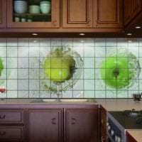 яркий фартук из плитки стандартного формата с изображением в дизайне кухни фото