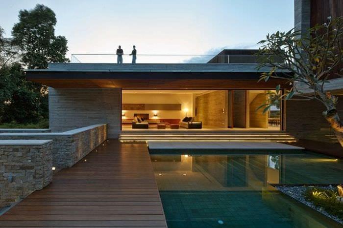 яркий дизайн дома в архитектурном стиле
