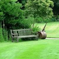 шикарный ландшафтный декор дачи в английском стиле с деревьями фото