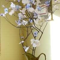яркий весенний декор в стиле коридора фото