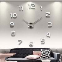 металлические часы в спальне в стиле классика фото