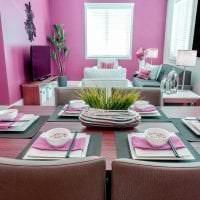 яркий декор квартиры в цвете фуксия фото