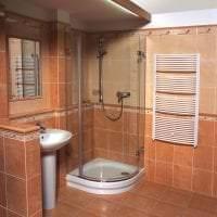 яркий стиль ванной комнаты с душем в темных тонах картинка