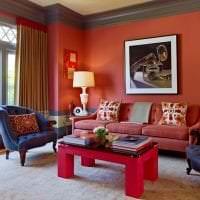 приятный терракотовый цвет в дизайне гостиной картинка