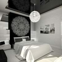 шикарный дизайн спальни в черно белом цвете фото