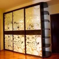 дизайн шкафа в спальне из дерева картинка