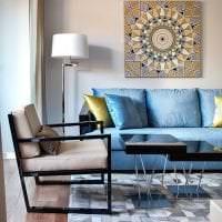 яркий интерьер коридора в бирюзовом цвете картинка