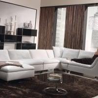 светлый диван в интерьере квартиры фото