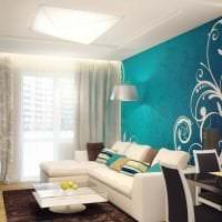 светлый диван в стиле комнаты фото