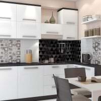 яркий фартук из плитки маленького формата с изображением в дизайне кухни фото