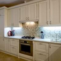 светлый дизайн бежевой кухни в стиле прованс фото