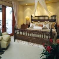 темный дизайн гостиной в стиле эклектика картинка