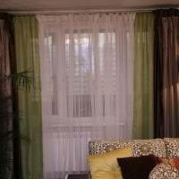 красивый полиэстеровый тюль в интерьере гостиной фото