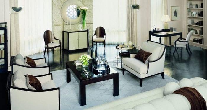светлый интерьер комнаты в стиле арт деко
