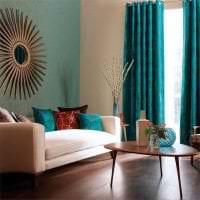 яркий дизайн спальни в бирюзовом цвете картинка