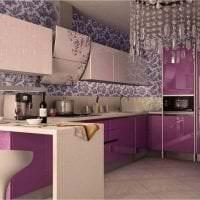 красивый интерьер кухни в цвете фуксия фото