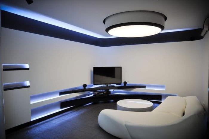 светлый декор комнаты в стиле хай тек