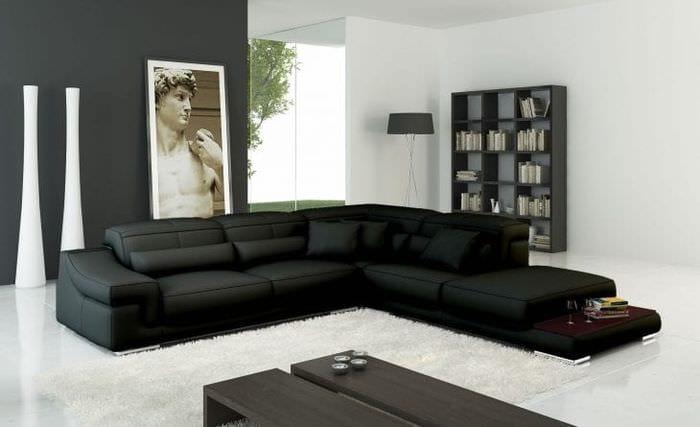 светлый угловой диван в интерьере спальни