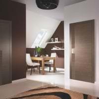 светлые двери в стиле коридора фото