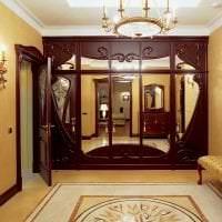 темные двери в декоре спальни из дуба картинка