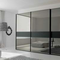 маленький шкаф в дизайне спальни фото